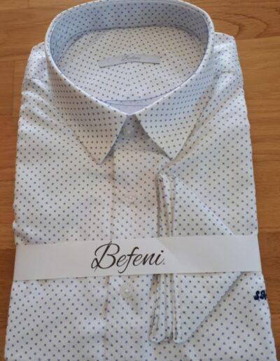 weiß gepunktetes Freizeithemd